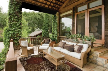 Outdoor Patio Decorating Tips  for Summer