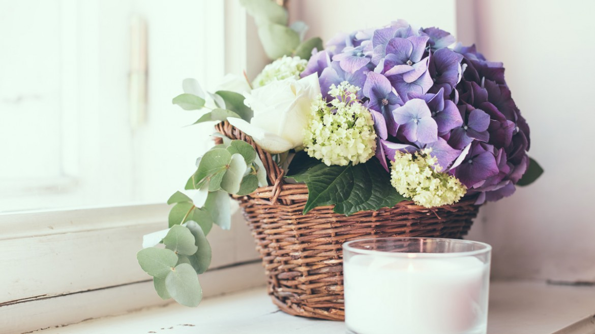 How To Decorate The House With Flowers Florist Software Demo